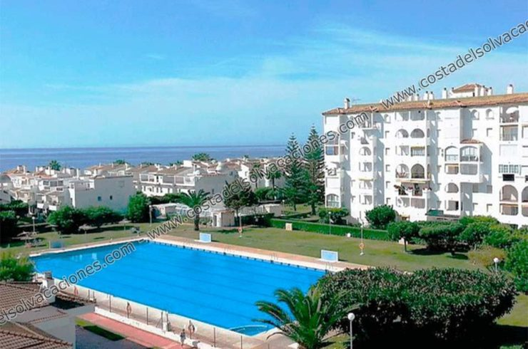 Laguna Beach holiday apartment in Torrox Costa