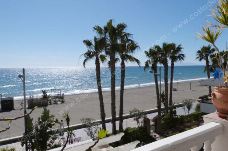 1st Line Beach Apartment in Torrox Costa