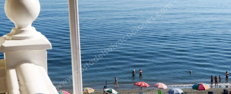 Apartment on the beach front of El Morche, Torrox