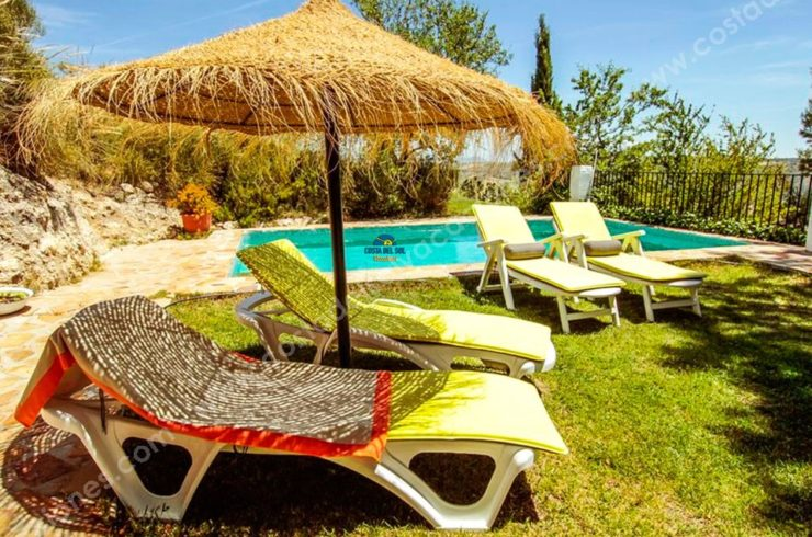Beautiful Holiday Cottage with pool in Granada